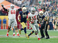 Ohio State Buckeyes running back Ezekiel Elliott (15) runs up the middle for a 47-yard touchdown during the third quarter of the Battlefrog Fiesta Bowl at University of Phoenix Stadium in Glendale, Arizona on Jan. 1, 2016. (Adam Cairns / The Columbus Dispatch)