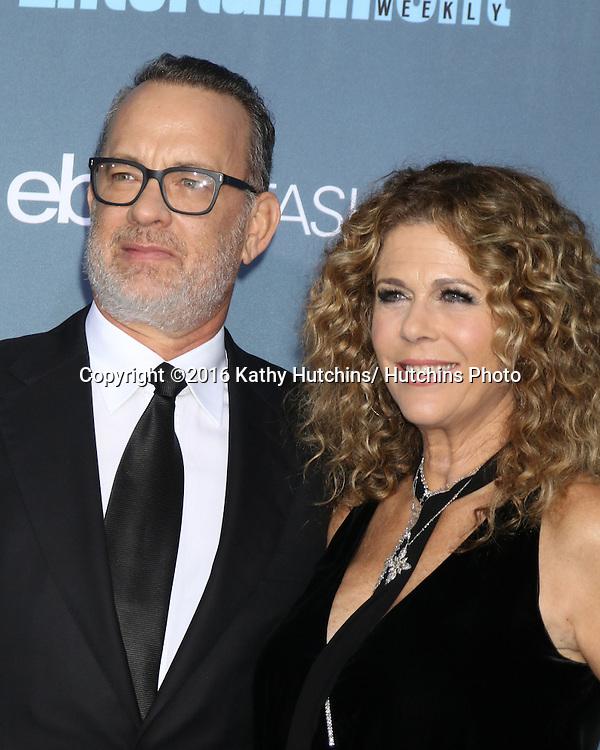 LOS ANGELES - DEC 11:  Tom Hanks, Rita Wilson at the 22nd Annual Critics' Choice Awards at Barker Hanger on December 11, 2016 in Santa Monica, CA