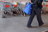 Supermercato Coop. Coop supermarket. 4