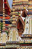 Chedis and gilded rooftop architecture, Wat Pho, Bangkok, Thailand