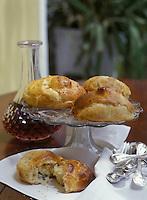 """Europe/France/Midi-Pyrénées/12/Aveyron/Saint-Afrique : Le gatis , petite brioche au fromage  de Roquefort - Recette de Mr  Decuq du restaurant """"Le Moderne"""""""