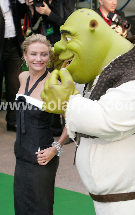 """**ALL ROUND PICTURES FROM SOLARPIX.COM**.**NO UK NEWSPAPER PUBLICATION **UK MAGAZINE PUBLICATION ONLY** AND NO PUBLICATION IN FRANCE, SCANDINAVIA, AUSTRALIA AND GERMANY** .Film premiere of """"Shrek the Third"""" at the Odeon, Leicester Square London..This Pic.Cameron Diaz.JOB REF:4060         SFE       DATE: 11.6.07.**MUST CREDIT SOLARPIX.COM OR DOUBLE FEE WILL BE CHARGED* *UNDER NO CIRCUMSTANCES IS THIS IMAGE TO BE REPRODUCED FOR ANY ONLINE EDITION WITHOUT PRIOR PERMISSION*"""