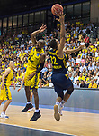 "02.06.2019, EWE Arena, Oldenburg, GER, easy Credit-BBL, Playoffs, HF Spiel 1, EWE Baskets Oldenburg vs ALBA Berlin, im Bild<br /> William""Will"" CUMMINGS (EWE Baskets Oldenburg #3 ) Johannes TIEMANN (ALBA Berlin #32 )<br /> <br /> Foto © nordphoto / Rojahn"