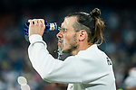 Gareth Bale of Real Madrid splashes water on his face prior to the La Liga 2018-19 match between Real Madrid and Getafe CF at Estadio Santiago Bernabeu on August 19 2018 in Madrid, Spain. Photo by Diego Souto / Power Sport Images