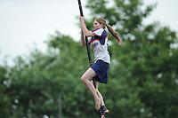 FIERLJEPPEN: JOURE: 26-06-2013, Fierljepferiening De Legewalden, 1e Klas wedstrijd, Dames A klassse, Lisanne Hulder, ©foto Martin de Jong