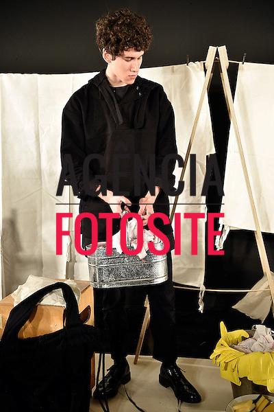 Phoebe English MAN<br /> <br /> Londres Masculino - Inverno 2017<br /> <br /> <br /> foto: FOTOSITE