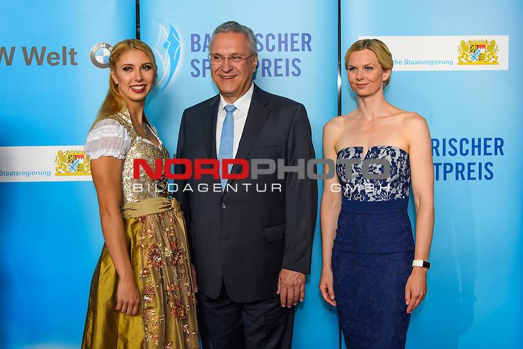 16.07.2016, BMW Welt, Muenchen, GER, Bayerische Sportpreis 2016, im Bild J Joachim Herrmann Alexandra Wenk und Britta Steffen<br /> <br />  Foto &copy; nordphoto / Straubmeier