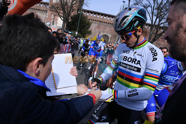 World Champion Peter Sagan (SVK) Bora-Hansgrohe at sign on before the start of the 108th edition of Milan-San Remo 2017 by NamedSport the first Classic Monument of the season running 291km from Milan to San Remo, Italy. 18th March 2017.<br /> Picture: La Presse/Gian Mattia D'Alberto | Cyclefile<br /> <br /> <br /> All photos usage must carry mandatory copyright credit (&copy; Cyclefile | La Presse)