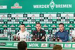 21.02.2019, Weserstadion, Bremen, GER, 1.FBL, PK SV Werder Bremen<br /> <br /> im Bild<br /> Übersicht, Maximilian Eggestein (Werder Bremen #35), Florian Kohfeldt (Trainer SV Werder Bremen), Frank Baumann (Geschäftsführer Fußball Werder Bremen), <br /> bei PK / Pressekonferenz vor dem Heimspiel gegen VfB Stuttgart, <br /> <br /> Foto © nordphoto / Ewert