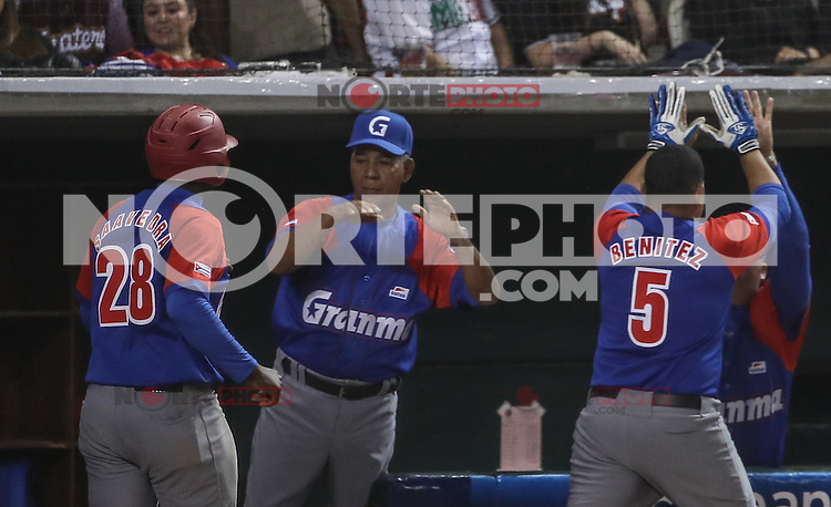 Home Run de Carlos Benite de Cuba, durante el partido de beisbol de la Serie del Caribe entre Alazanes de Granma Cuba vs las &Aacute;guilas del Zulia Venezuela en el Nuevo Estadio de los Tomateros en Culiacan, Mexico, Sabado 4 Feb 2017. Foto: Luis Gutierrez/NortePhoto.com.    ****<br /> <br /> Actions, during the Caribbean Series baseball match between Granma Cuba vs Alajuelas de Zulia Venezuela at the New Tomateros Stadium in Culiacan, Mexico, Saturday 4 Feb 2017. Photo: Luis Gutierrez / NortePhoto.com