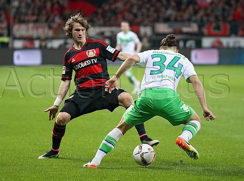 01.04.2016. Leverkusen, Germay. Bundesliga football. Bayer Leverkusen versus VFL Wolfsburg in the BayArena in Leverkusen.  Tin Jedvaj (Bayer 04 Leverkusen), Ricardo Rodriguez (VfL Wolfsburg)