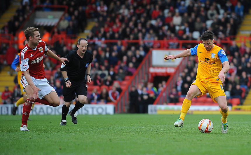 Preston North End's David Buchanan in action during todays match  <br /> <br /> Photo by Kevin Barnes/CameraSport<br /> <br /> Football - The Football League Sky Bet League One - Bristol City v Preston North End - Saturday 5th April 2014 - Ashton Gate - Bristol<br /> <br /> &copy; CameraSport - 43 Linden Ave. Countesthorpe. Leicester. England. LE8 5PG - Tel: +44 (0) 116 277 4147 - admin@camerasport.com - www.camerasport.com