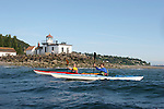 Seattle, sea kayakers, West Point lighthouse, Discovery Park, Puget Sound, Washington State, Pacific Northwest, U.S.A.,