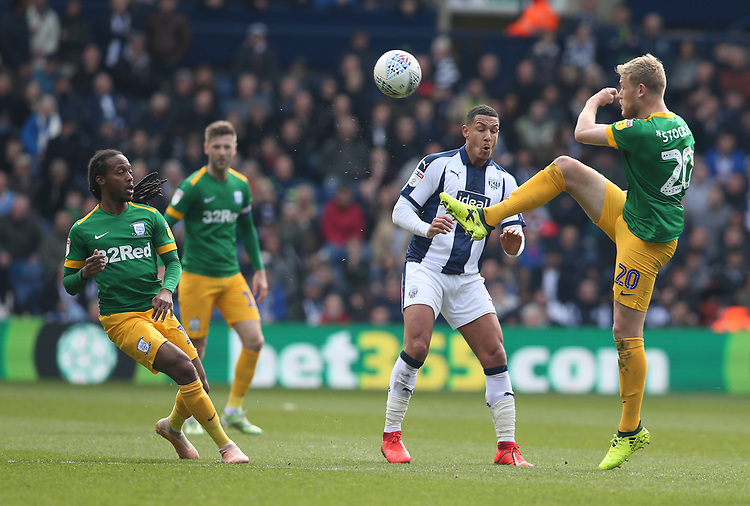 Preston North End's Jayden Stockley is challenged by West Bromwich Albion's Jake Livermore<br /> <br /> Photographer Stephen White/CameraSport<br /> <br /> The EFL Sky Bet Championship - West Bromwich Albion v Preston North End - Saturday 13th April 2019 - The Hawthorns - West Bromwich<br /> <br /> World Copyright © 2019 CameraSport. All rights reserved. 43 Linden Ave. Countesthorpe. Leicester. England. LE8 5PG - Tel: +44 (0) 116 277 4147 - admin@camerasport.com - www.camerasport.com