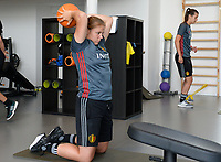 20170608 – TUBIZE , BELGIUM : illustration picture shows a part of the red flames team with Justien Odeurs during a fitness and physical session at the fitnessroom of the Belgian national women's soccer team Red Flames trainingscamp to prepare for the Women's Euro 2017 in the Netherlands, on Thursday 8 June 2017 in Tubize.  PHOTO SPORTPIX.BE | DAVID CATRY
