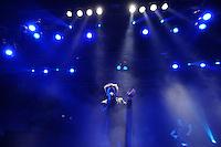 """WGT 2011 - Impressionen - Auftritt der Band """"Deine Lakaien"""" - im Bild: Sänger Veljanov. Foto: aif / Norman Rembarz..Jegliche kommerzielle wie redaktionelle Nutzung ist honorar- und mehrwertsteuerpflichtig! Persönlichkeitsrechte sind zu wahren. Es wird keine Haftung übernommen bei Verletzung von Rechten Dritter. Autoren-Nennung gem. §13 UrhGes. wird verlangt. Weitergabe an Dritte nur nach  vorheriger Absprache. Online-Nutzung ist separat kostenpflichtig.."""