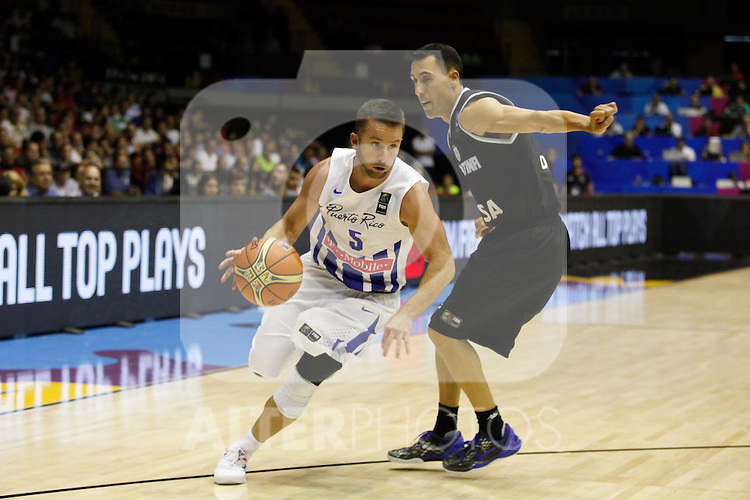 Puerto Rico´s Barea (L) and Argentina´s Prigioni during FIBA Basketball World Cup Spain 2014 Puerto Rico V Argentina match at Sevilla stadium in Sevilla, Spain. August 30, 2014. (Victor Blanco)
