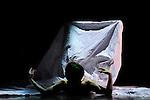 NON FINITO..Choregraphie : DECINA Paco..Compositeur : ..Compagnie : Compagnie Post Retroguardia..Lumiere : Laurent Schneegans..Costumes : Cathy Garnier..Scénographie vidéo et dispositif interactif Serge Meyer..Avec : Vincent Deletang, Jeremy Deglise, Chloe Hernandez, Sylvere Lamotte, Noriko Matsuyama, Jesus Sevari, Takashi Ueno..Lieu : Theatre de Chartres..Ville : Chartres..Le : 29-01-2011..© Laurent PAILLIER / photosdedanse.com..All Rights reserved