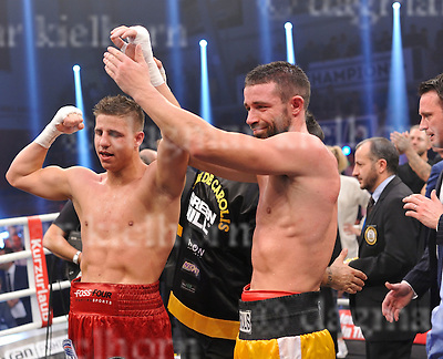 November 05-16,MBS Arena, Potsdam, Brandenburg, Germany<br /> WBA World super middleweight title<br /> Super Middleweight	 Champ from Italy,Giovanni De Carolis vs Tyron Zeuge,Berlin,Germany<br /> Zeuge wins by twelfth round TKO ,De Carolis was impressed