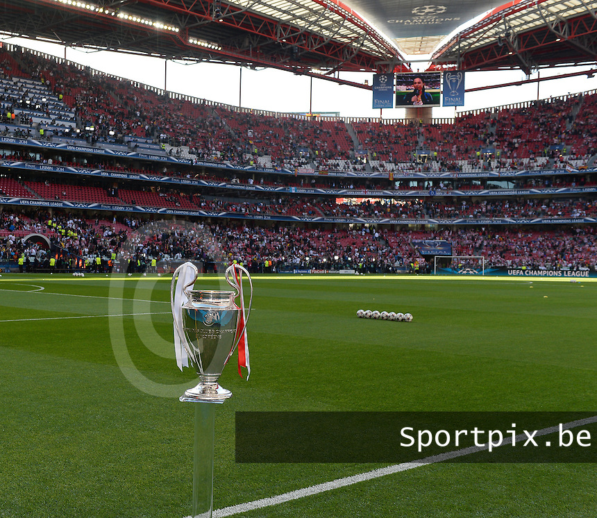 20140524 - LISBON , PORTUGAL : Champions League Cup pictured during soccer match between Real Madrid CF and Club Atletico de Madrid in the UEFA Champions League Final on Saturday 24 May 2014 in Estadio Da Luz in Lisbon .  PHOTO DAVID CATRY