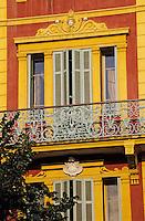 France/Corse/Corse-du-Sud/2A/Ajaccio: Détail de la façade d'un immeuble