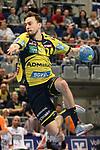 Rhein Neckar Loewe Patrick Groetzki (Nr.24) beim Torwurf beim Spiel in der Handball Bundesliga, Rhein Neckar Loewen - HSG Wetzlar.<br /> <br /> Foto &copy; PIX-Sportfotos *** Foto ist honorarpflichtig! *** Auf Anfrage in hoeherer Qualitaet/Aufloesung. Belegexemplar erbeten. Veroeffentlichung ausschliesslich fuer journalistisch-publizistische Zwecke. For editorial use only.