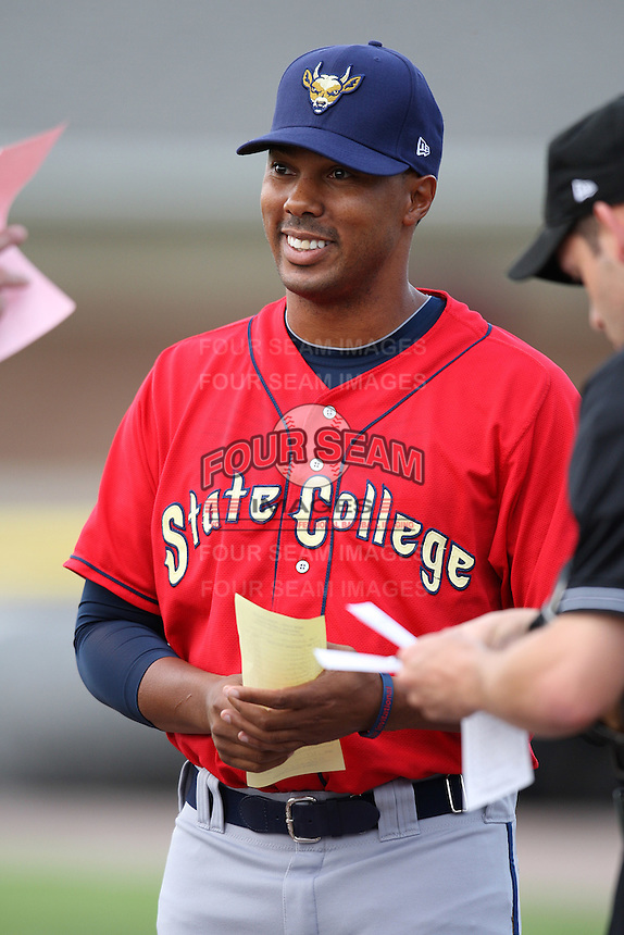 State College Spikes manager Kimera Bartee #18 during a game against the Batavia Muckdogs at Dwyer Stadium on July 7, 2011 in Batavia, New York.  Batavia defeated State College 16-3.  (Mike Janes/Four Seam Images)