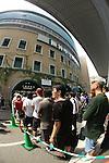 Hanshin Koshien Stadium,<br /> AUGUST 22, 2013 - Baseball :<br /> Fans queue for tickets before the 95th National High School Baseball Championship Tournament final game between Maebashi Ikuei 4-3 Nobeoka Gakuen at Koshien Stadium in Hyogo, Japan. (Photo by Katsuro Okazawa/AFLO)