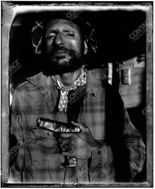"""Lukas Mania"", Raskols, gangs of Port Moresby, Papua New Guinea, January 2004"