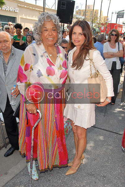 Della Reese and Roma Downey<br />