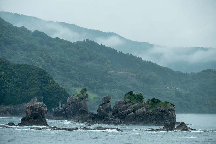 Situated in the southeastern part of Kyushu, Miyazaki faces the Sea of Hyuga in the Pacific Ocean in the east and is surrounded by mountains on the other three sides