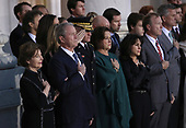 WASHINGTON, DC - DECEMBER 03: Former U.S. President George W. Bush (2nd L), former first lady Laura Bush (L), and members of the Bush family watch as members of a military honor guard carry the casket of former U.S. President George H. W. Bush into the U.S. Capitol December 3, 2018 in Washington, DC. A state funeral for former U.S. President Bush will be held in Washington over the next three days, beginning with him lying in state in the Rotunda of the Capitol until Wednesday morning.(Photo by Win McNamee/Getty Images)
