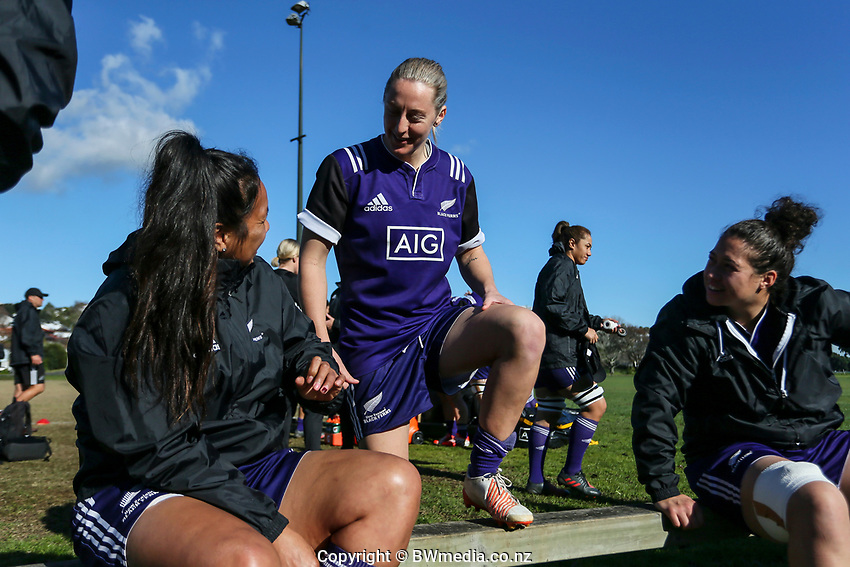Kendra Cocksedge. Black Ferns Rugby training prior to the teams departure for the Women's World Cup, Orakei Domain, Auckland, New Zealand. Photo: Simon Watts / www.bwmedia.co.nz