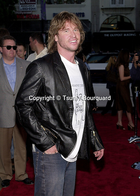 Val Kilmer arriving at the premiere of Salton Sea at the Egyptian Theatre in Los Angeles. April 23, 2002.           -            KilmerVal16.jpg