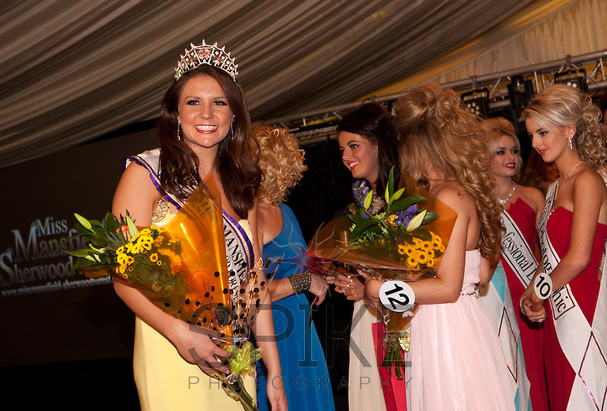 Outgoing Miss Mansfield Alice Kurylo is presented with flowers