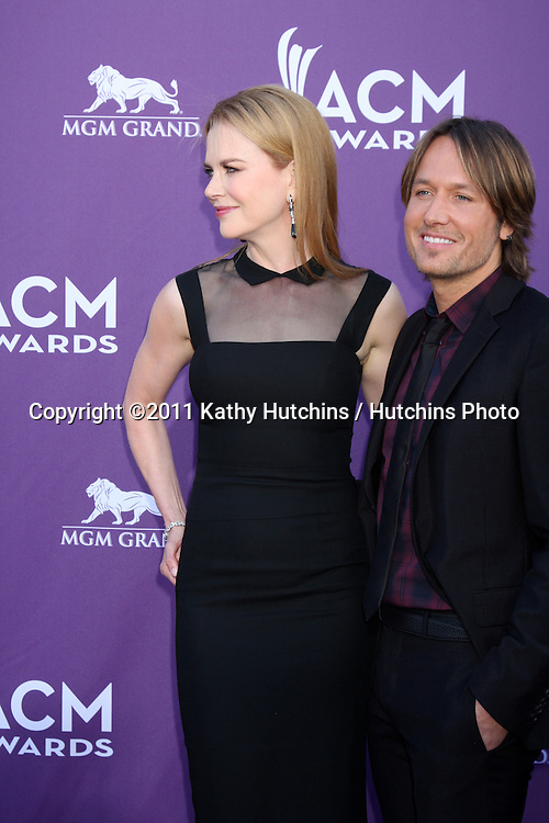 LAS VEGAS - APR 1:  Nicole Kidman, Keith Urban arrives at the 2012 Academy of Country Music Awards at MGM Grand Garden Arena on April 1, 2010 in Las Vegas, NV.