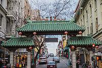 la porta d'entrata a Chinatown. The entering gate in Chinatown - San Francisco -