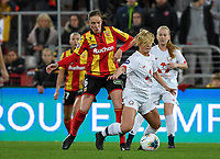 20191102 - LENS , FRANCE : LOSC's Aurore Paprzycki pictured in a duel with Arras' Pauline Martin-Boquet during the female soccer match between Arras Feminin and Lille OSC feminin, on the 8th matchday in the French Women's Ligue 2 – D2 at the Stade Bollaert Delelis stadium , Lens . Saturday 2 November 2019 PHOTO DAVID CATRY | SPORTPIX.BE