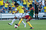 Juan Guillermo Cuadrado of Colombia and Owona of Camerun during the friendly match between Camerun and Colombia in Madrid, Spain 13 jun 2017.(ALTERPHOTOS/Rodrigo Jimenez)