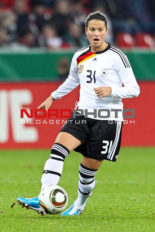 25.11.2010,  BayArena, Leverkusen, GER, FSP, Deutschland (GER) vs Nigeria (NG), Freundschaftsspiel, im Bild:  Dzsenifer Marozsan (Deutschland #31, Frankfurt) Foto © nph / Mueller