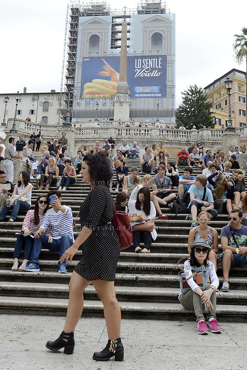 Roma, 19 Settembre 2014<br /> Polemiche per la maxi pubblicit&agrave; della pasta Voiello che copre la facciata della chiesta di Trinit&agrave; dei Monti a Piazza di Spagna.<br /> Maxi Advertise onTrinit&agrave; dei Monti.<br /> Rome, 19 September 2014 <br /> Controversy for the maxi advertising pasta Voiello covering the facade of the church of Trinita dei Monti in Piazza di Spagna