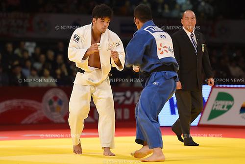(L-R) Shohei Ono, Hiroyuki Akimoto (JPN), <br /> DECEMBER 6, 2014 - Judo : <br /> IJF Grand Slam Tokyo 2014 International Judo Tournament <br /> Men's -73kg Final <br /> at Tokyo Metropolitan Gymnasium, Tokyo, Japan. <br /> (Photo by AFLO SPORT) [1220]