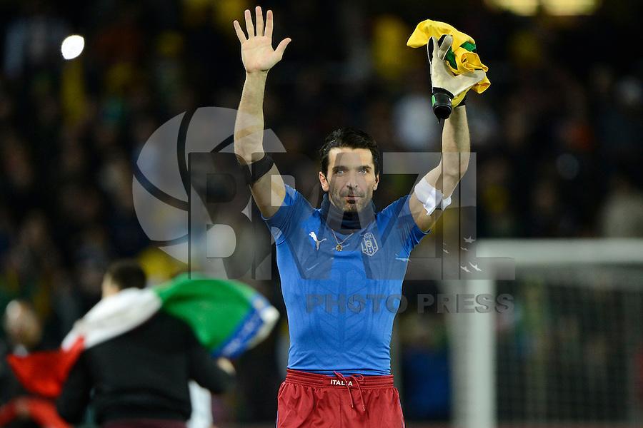 GENEBRA, SUICA, 21 DE MARCO DE 2013 - Gianluigi Buffon da Italia durante partida amistosa contra o Brasil, disputada em Genebra, na Suíça, nesta quinta-feira, 21. O jogo terminou 2 a 2. FOTO: PIXATHLON / BRAZIL PHOTO PRESS