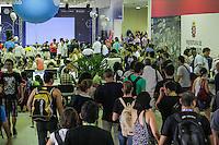 SÃO PAULO, SP. 06.02.2015 -  CAMPUS PARTY -Movimentação na oitava edição da Campus Party na tarde deste sábado, (6). (Foto: Renato Mendes / Brazil Photo Press)