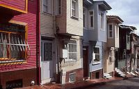 Türkei, Holzhäuser bei der Chora-Kirche in Istanbul , UNESCO-Weltkulturerbe