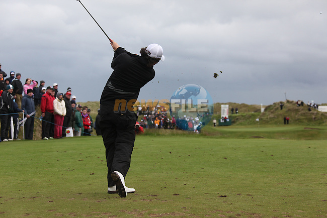 Rory McIlroy playing the 15th after play restarted on day 3 at the 3 Irish open in Co Louth Golf Club...Photo: Fran Caffrey/www.golffile.ie..