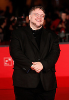"Il produttore messicano Guillermo Del Toro posa sul red carpet per la presentazione del film ""Rise of the Guardians"" al Festival Internazionale del Film di Roma, 13 novembre 2012..Mexican producer Guillermo Del Toro poses on the red carpet to present the 3D computer-animated movie ""Rise of the Guardians"" during the international Rome Film Festival at Rome's Auditorium, 13 November 2012..UPDATE IMAGES PRESS/Riccardo De Luca"