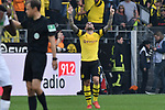 06.10.2018, Signal Iduna Park, Dortmund, GER, DFL, BL, Borussia Dortmund vs FC Augsburg, DFL regulations prohibit any use of photographs as image sequences and/or quasi-video<br /> <br /> im Bild Paco Alcacer (#9, Borussia Dortmund) jubelt nach seinem Tor zum 4:3<br /> <br /> Foto &copy; nph/Horst Mauelshagen