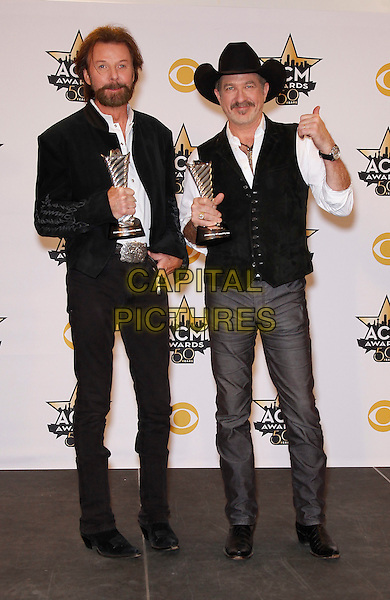 19 April 2015 - Arlington, TX -   Brooks and Dunn, Ronnie Dunn, Kix Brooks.  The 2015 ACM Awards at AT&amp;T Stadium- Press Room<br /> CAP/ADM/MJT<br /> &copy; MJT/AdMedia/Capital Pictures