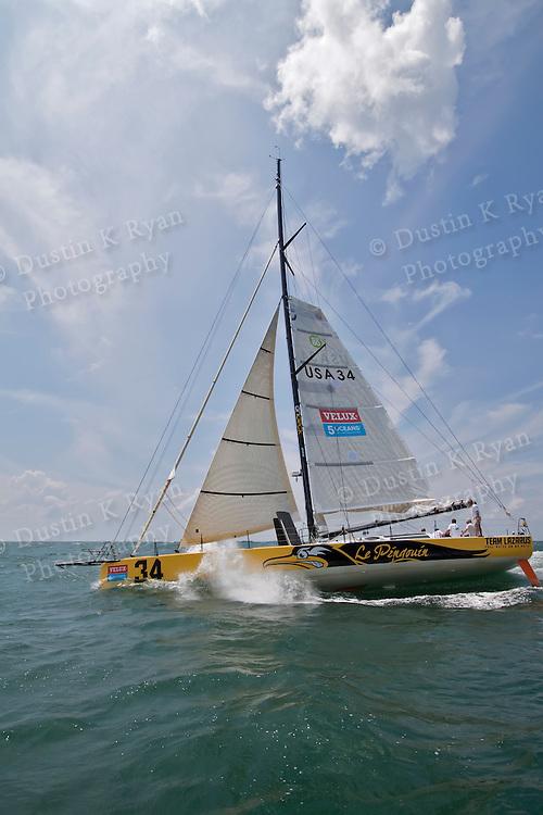 Brad Van Liew Prepares Le Pingouin for the Velux 5 Oceans Around the world race 2010